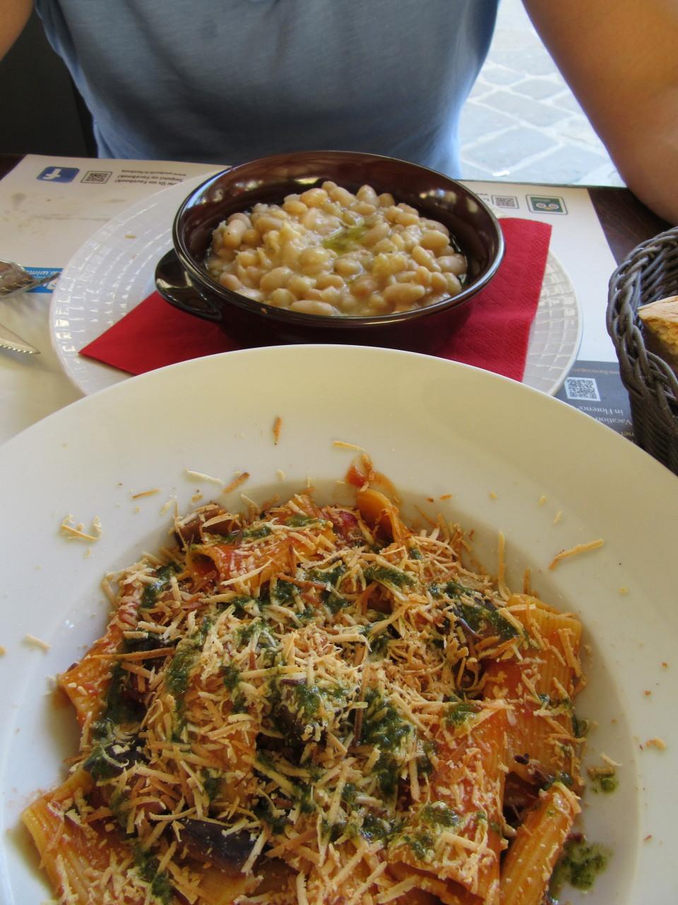 https://eatbreathelove.net/pasta-e-fagioli-soup/