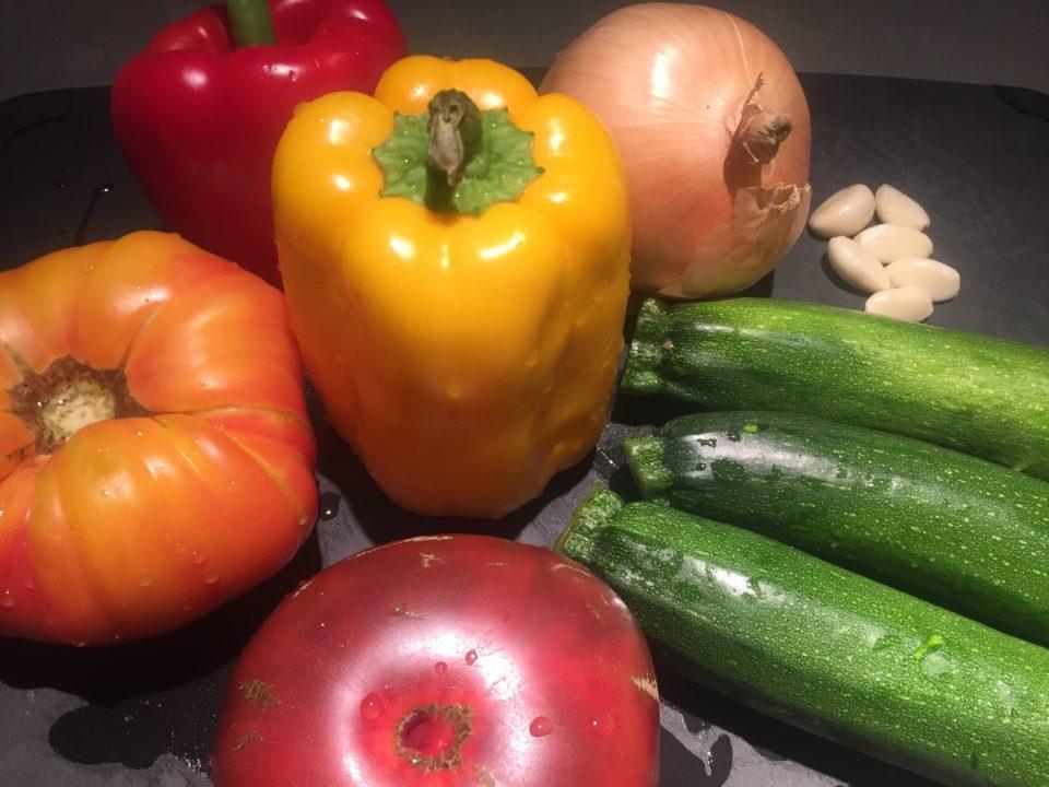 https://eatbreathelove.net/2016/08/undone-deconstructed-bell-peppers/