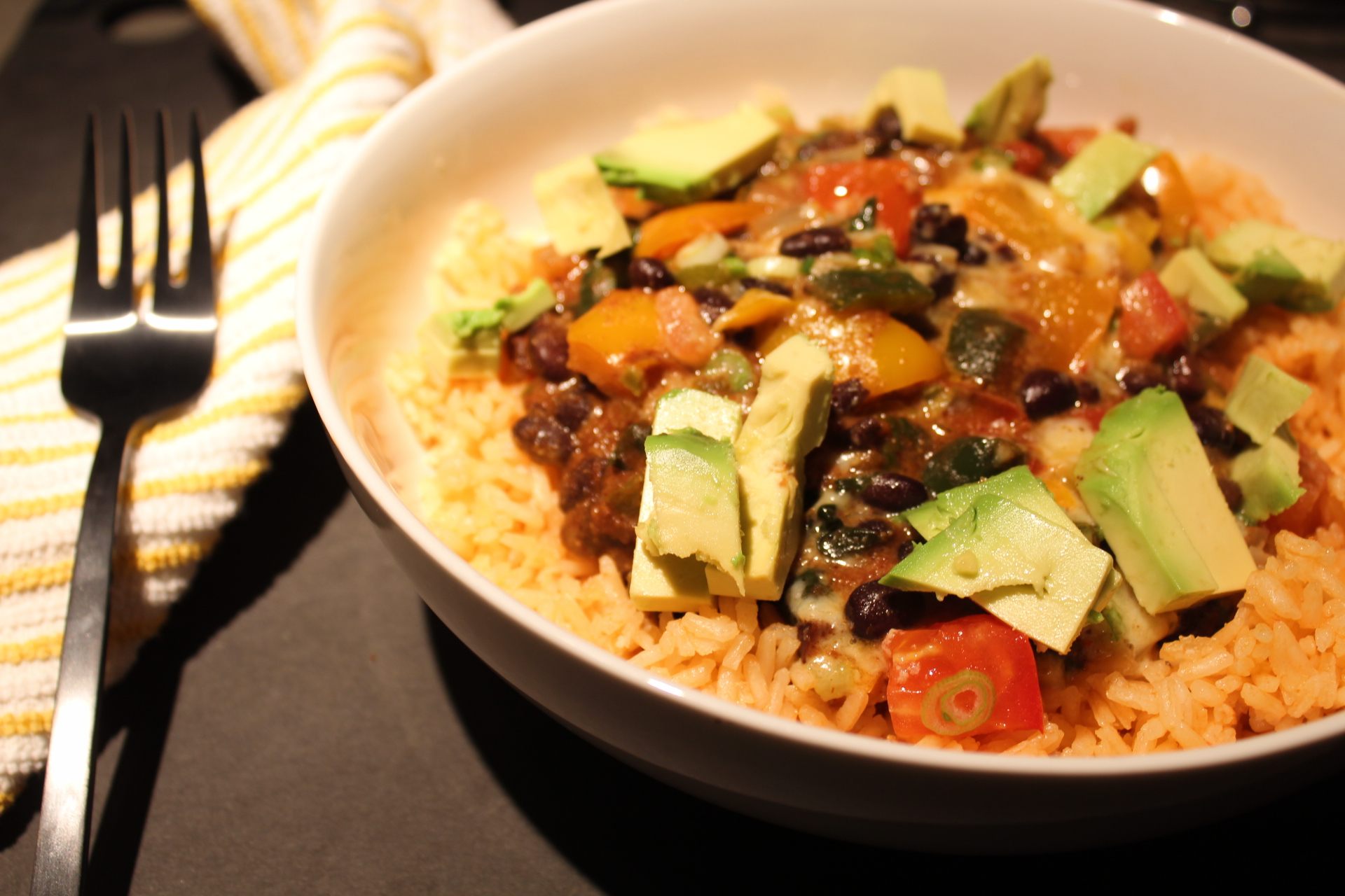 meatless mondays: queso black bean and veggie skillet
